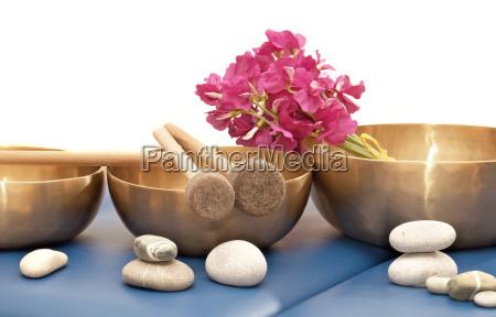 metallo scodella massaggio massaggiare suonare campane