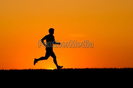 tempo libero tramonto silhouette sport jogging