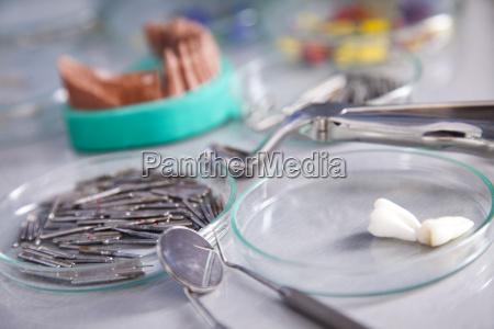 attrezzature stomatologia