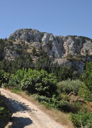 grecia isola montuoso villaggio montagna