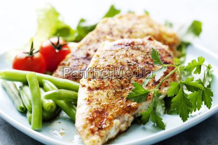 primo piano pollame pollo grigliato filetto