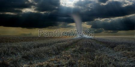 ambiente berlino tempesta tornado natura tempo