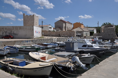 boat harbor in razanac croatia