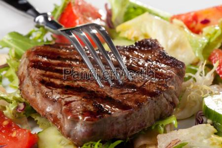 forcella su una bistecca alla griglia