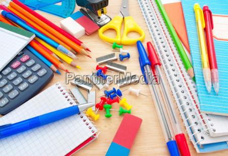 studiare studio educazione attrezzatura studente equipaggiamento