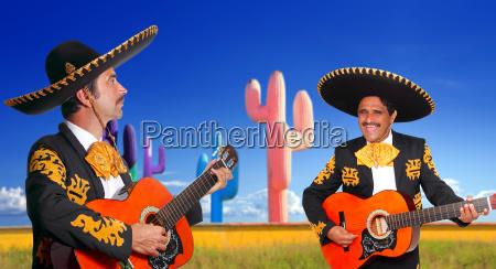 gioco giocato giocare musicista chitarra messicano