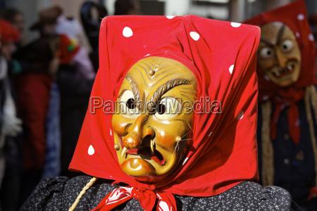 carnevale costume strgonerie maschera strega