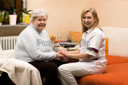 altenpflegerin fa visite a domicilio