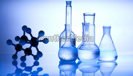 bicchiere esperimento ricerca laboratorio attrezzatura chimica
