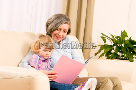 donna educazione nonna nipote libro bambino