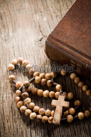 religione dio croce bibbia cattolico attraversare