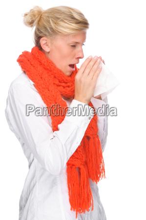 donna ritratto catarro raffreddore sciarpa starnuto