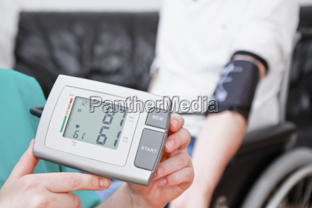 blood pressure check for young adult
