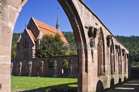 viaggiare costruzione storico religione religioso fede