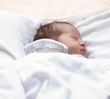 sogno sognare bambino neonato lattante sonno