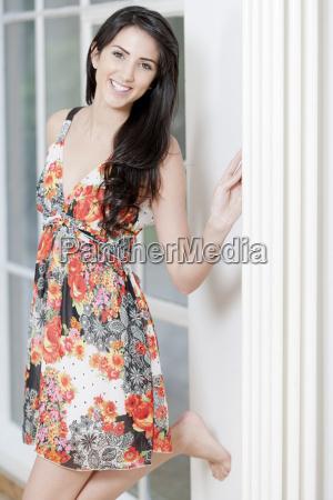 donna moda femminile estate femmina contento