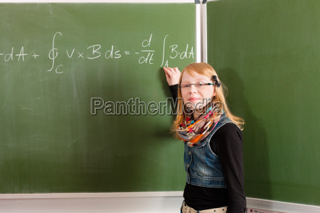 educazione imparare apprendere scolaro matematica calcolare