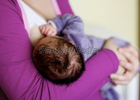 alimentazione neonato
