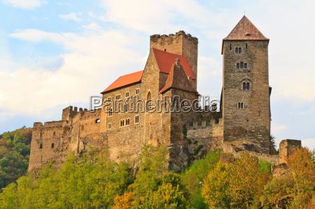 torre viaggio viaggiare storico fortezza parco