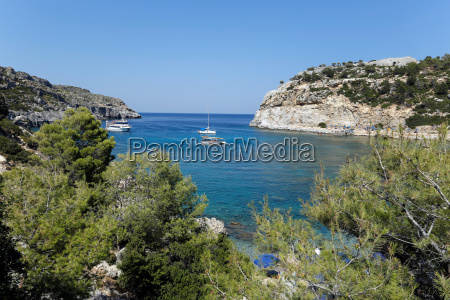 grecia cespuglio costa calma barca nave