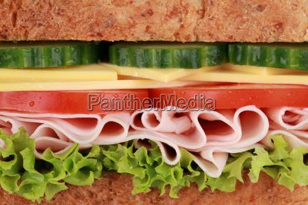 close up di un panino con