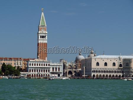 venezia piazza sottolineare evidenziare italiano quadrato