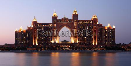 albergo magnificenza lusso agiatezza palmo atlantide