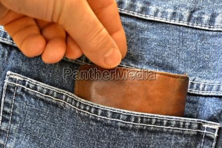 pantaloni rubare crimine furto tasca frivolo