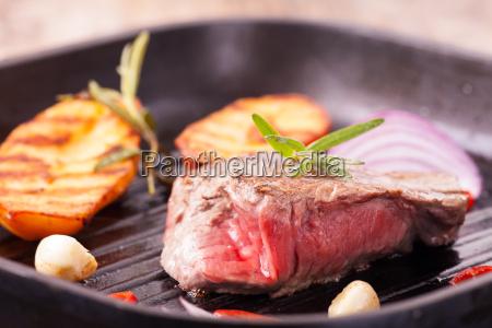 cucinare cucina bistecca grigliato bistecca di