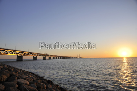 ponte sul tramonto di oeresund