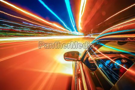 viaggiando a velocita di luce