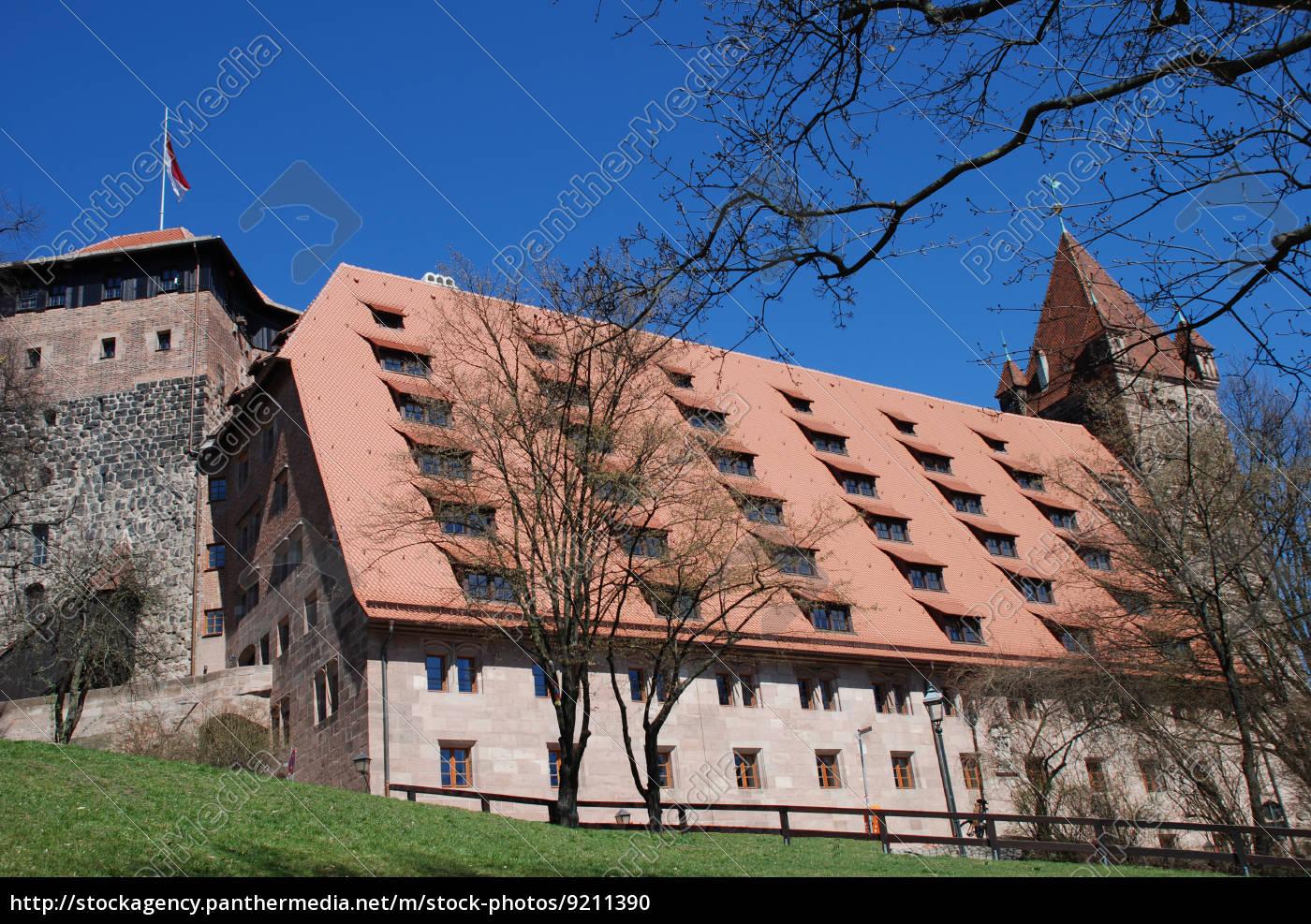 nürnberger, burg, kaiserstallung, fünfeckturm, luginsland, jugendherberge - 9211390