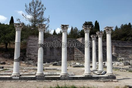 grecia rovina rudere ospedale rovine colonna