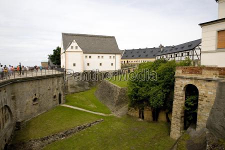 montagne svizzera belvedere fortezza sassonia sguardo