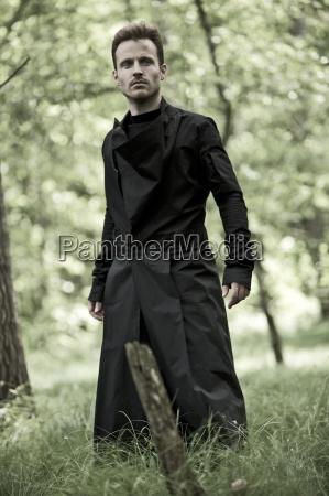 movimento in movimento moda nero fuori