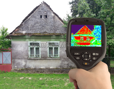 thermal image of the old house