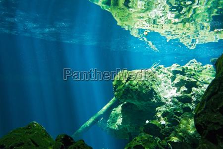 grotta rocce roccia acqua dolce lago