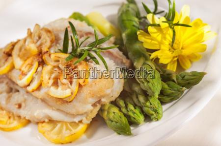 ristorante frutti di mare asparago filetto