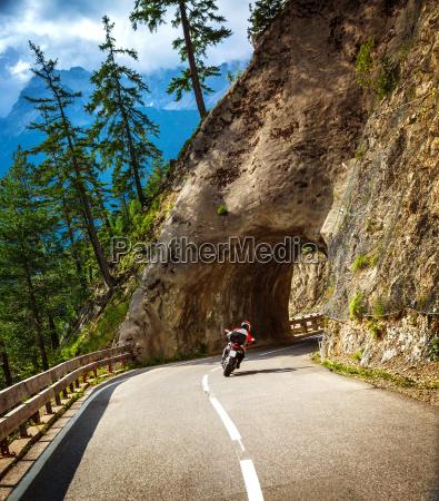 viaggio viaggiare stile di vita montagne