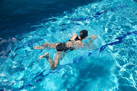 nuotatore competitivo
