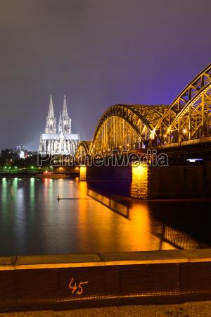 acqua di colonia cattedrale ponte reno