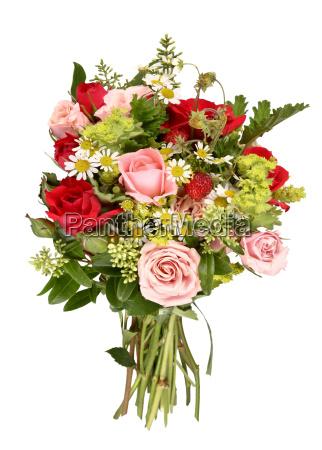 bouquet di rose e strabetri forestali