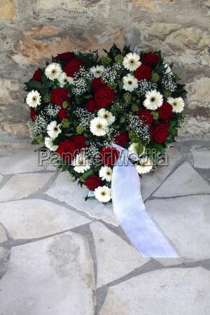 lutto il lutto corona la consolazione