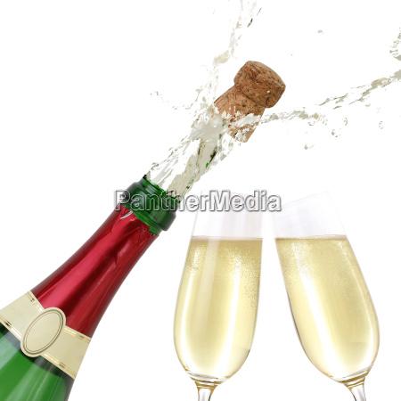 champagne schizza fuori dalla bottiglia