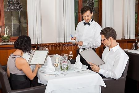 ristorante divertimento festa cameriere cibo pasto