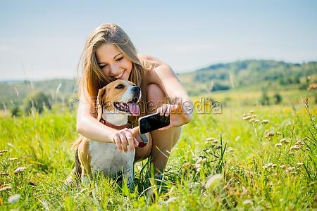 donna spettacolo adolescente ragazzo ragazza animale