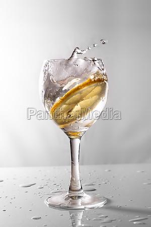 bicchiere cibo bere limone fresco acqua