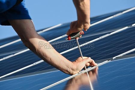 blu montaggio azione solare allegato lavoratori