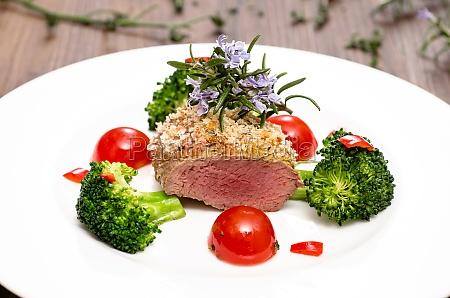 filetto di agnello con broccoli