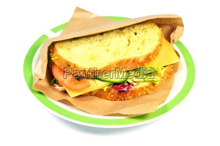 cibo cetriolo pomodoro nutriente alimentazione sano